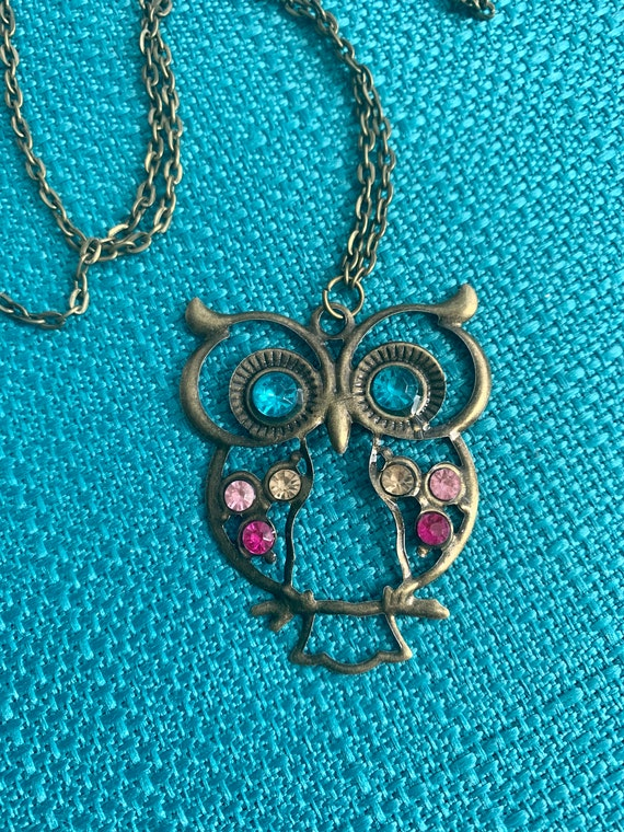 Pink & Blue Rhinestone Owl Necklace, Vintage Brassy Goldtone Ornate Pressed Metal Owl Pendant, Great for a collector or Even a baby shower !