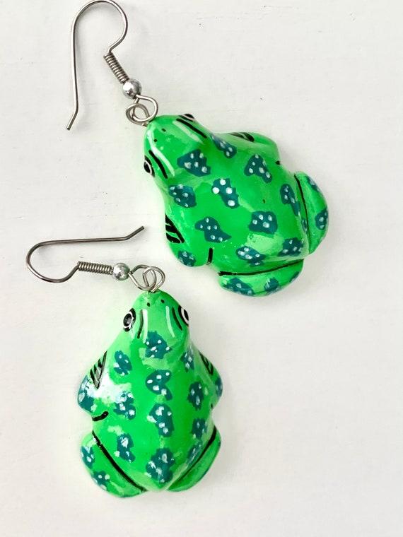 Cheerful Tree Frog Dangle Earrings, Artisan Hand Painted Boho Southwestern Style 80s Pop Art Colorful Animal Statement Earrings