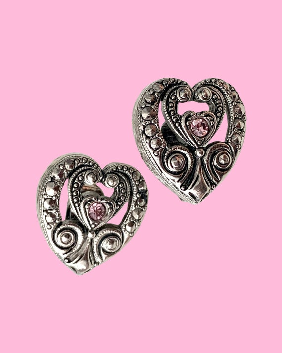 Brighton Style Heart Earrings, Ornate Antiqued Silver tone with Pink Rhinestones, 90s Vintage Clip ons, Date Night, Romantic Gift