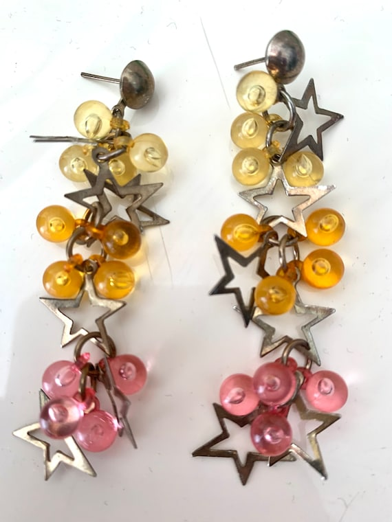 Stars and Bubblegum Pink & Yellow Cluster Bead Dangles, So Gem! 80s 90s Popstar Material Girl Statement Earrings, Lucite and Goldtone