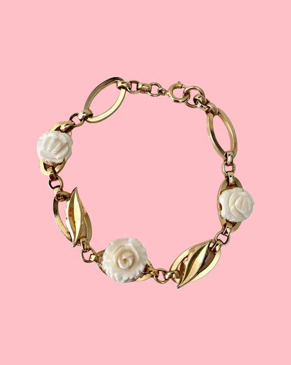 Mid Century Rose Bracelet, Modernist Shiny Goldtone Links with Carved Composite White Rose Flowers, sweet sixteen, confirmation gift