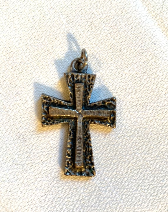 Vintage Modernist Gothic Cross Pendant, matte Silvertone with Black , Make your Own Necklace Mid Century Charm