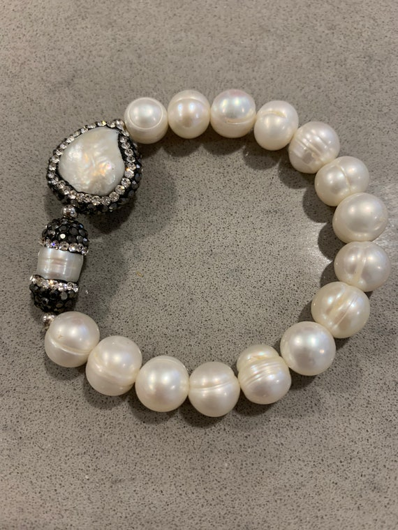 Small Genuine Pearl with Crystal Rhinestones Stretch Bracelet - tween or teen size