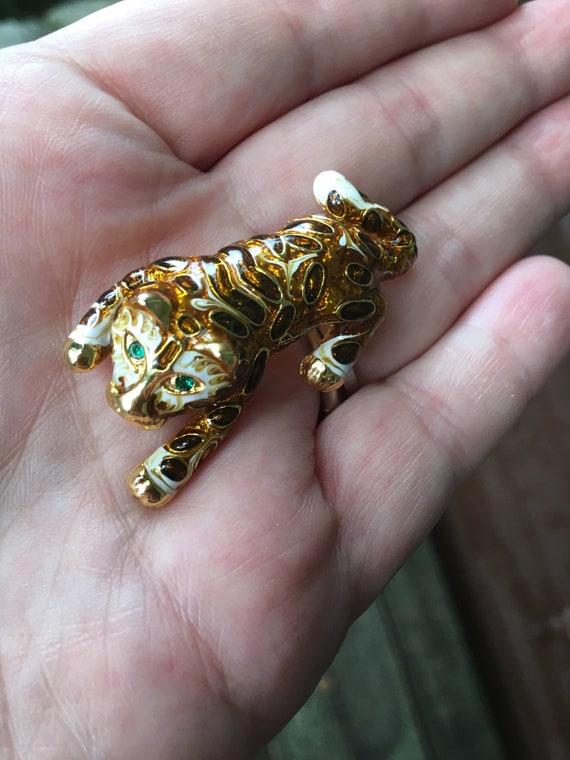 Beautiful Adorable Striking HIGH END shiny Goldtone & metallic Enamels Baby Tiger Cub Cougar or Leopard Pin green gem eyes