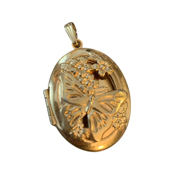 Make Our Own Butterfly Locket, Cute 70s Openwork Goldtone Hinged Locket Pendant, DIY necklace by adding a chain, cord or beads
