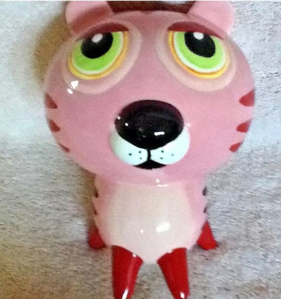 A Cheeky Big Eye Pink Tiger Cat Ceramic Pussy Cat Savings Bank 1960s Kitsch Kitty