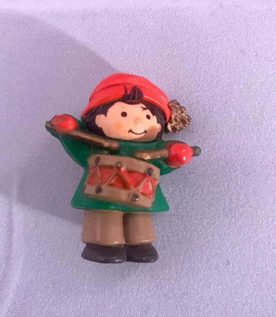 Darling Vintage Hallmark Cards Little Drummer Boy Christmas Holiday Pin