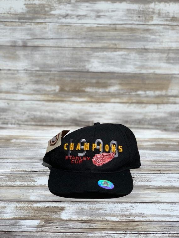 Vintage Detroit Red Wings 1996 SnapBack Hat