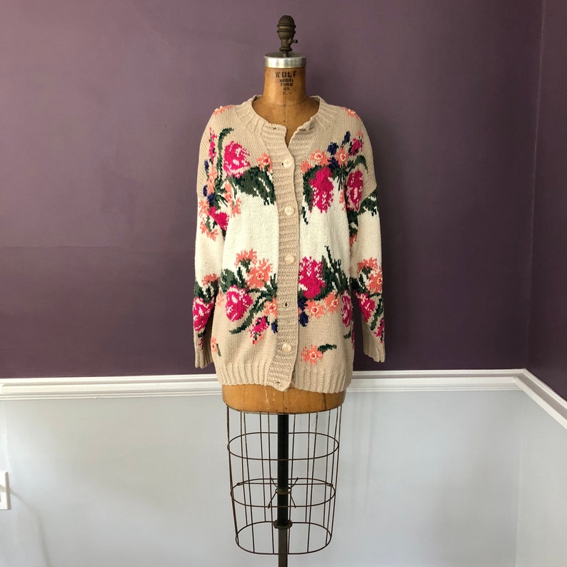7c411194a70 Vintage 80s 90s Express floral sweater   80s 90s oversized