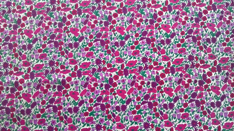 Liberty ~ Petal /& Bud Pink Red Fabric quilting dressmaking floral poppy daisy