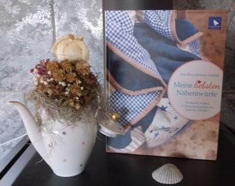 """Acufactum Book """"My Favorite Sewing Designs"""" Rotkelchen"""