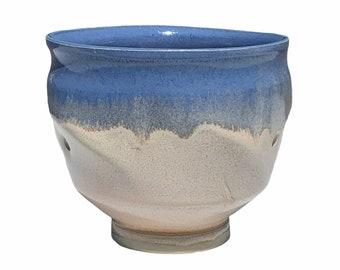 """Vtg Blue Ivory Abstract Modern Vase 4"""""""