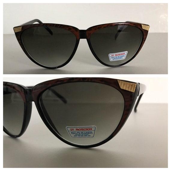 aa702b2fef Vintage NOS 1990s Black   Brown Marbled Sunglasses
