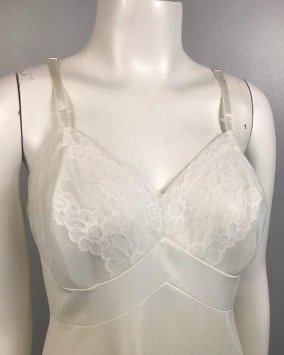 1960s Full Slip / White Nylon Floral Embroidery S… - image 2