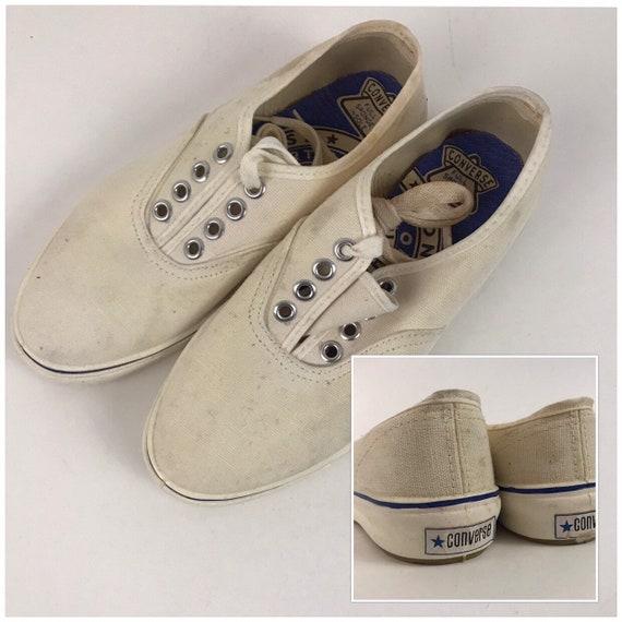 1970s Converse Shoes / White Canvas Lace Up Shoes