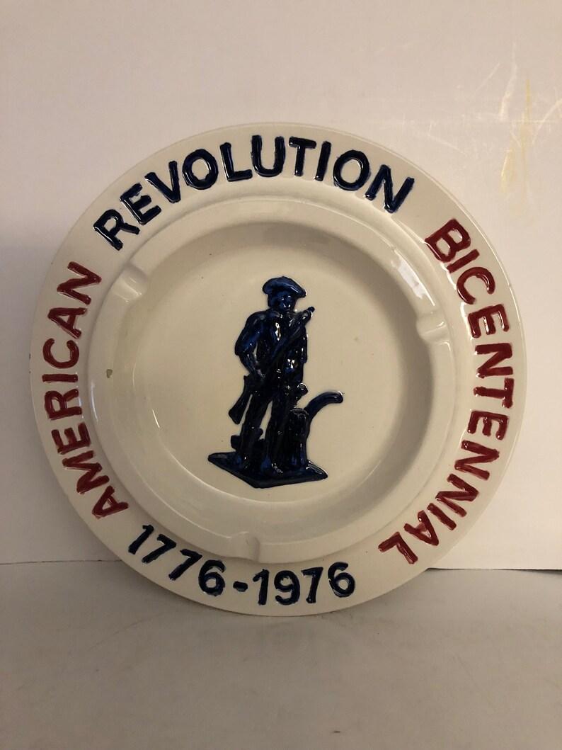 Vintage American Revolution Bicentennial 1776-1976 Ceramic Ashtray