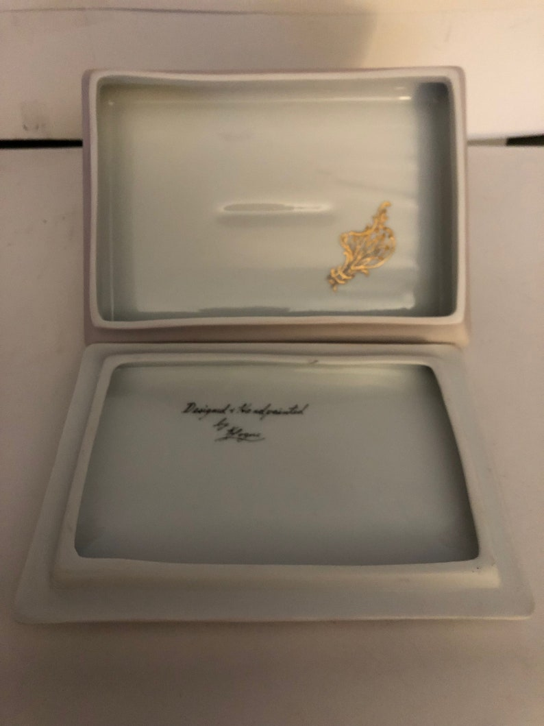 Porcelain White Gilt Hand Painted Floral Theme Jewelry Box