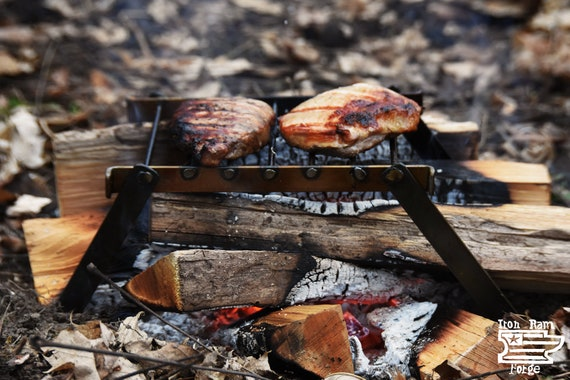 Campfire BBQ Grid Grill Compact Portable Bushcraft Barbecue Barbeque Camping