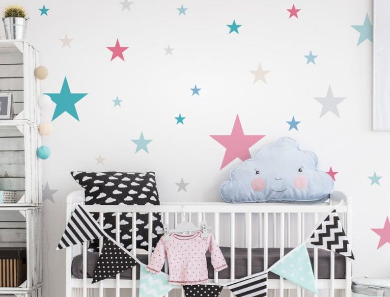 Wandtattoo Kinderzimmer Sterne Pastell bunt | Etsy