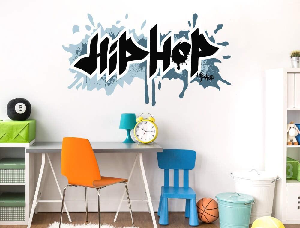wandtattoo jugendzimmer graffiti hip hop schriftzug blau. Black Bedroom Furniture Sets. Home Design Ideas