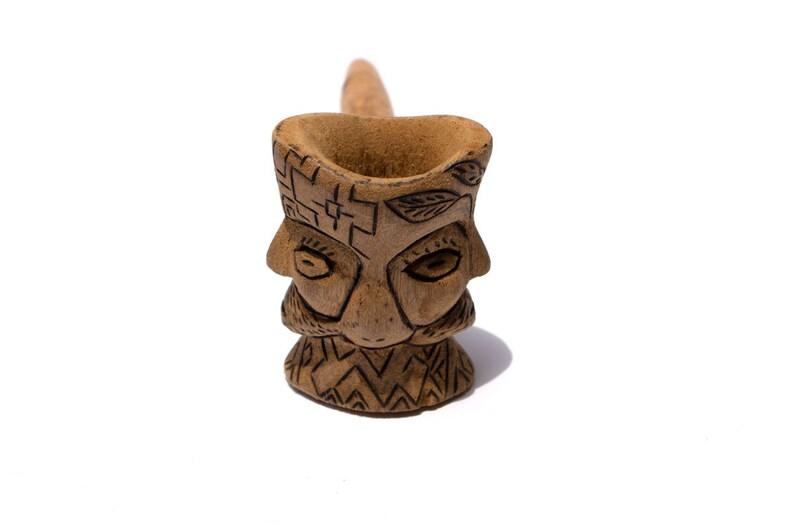 UNIQUE RARE tobacco pipe from amazon shaman tribe handcarved NOYARAO peru