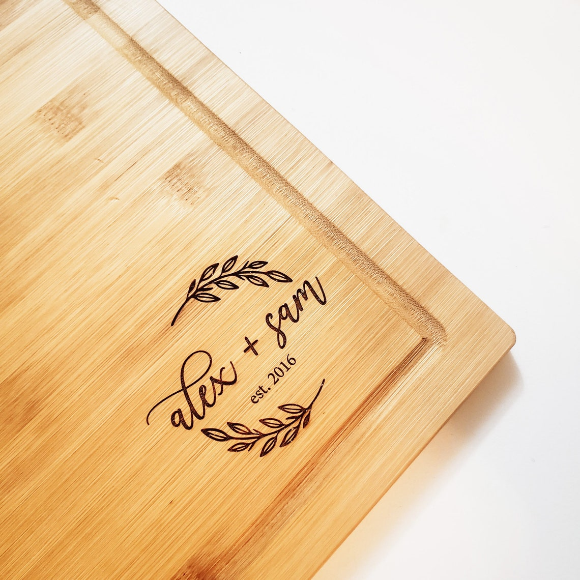 Personalized Engraved Cutting Board Laser Engraved Bamboo. Wreath Couple Name