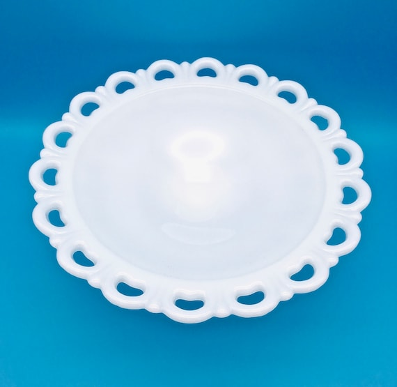 Anchor Hocking Lace Edge Milk Glass Center Piece Compote 11 Inch