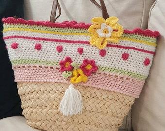 Basket bag with colorful crochet border