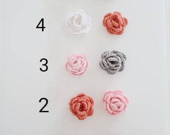 Delicate crochet roses in a set of 2
