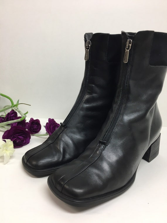 90s Square Toe Chelsea Leather Boots/ Block Heel … - image 7