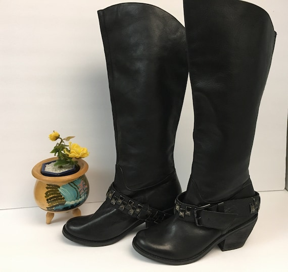 Black Leather Contemporary Style Chunky Boots/Boot