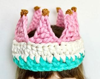 Little Wonder Crown · Intermediate Level Crochet Pattern Booklet · Instant PDF Download · Emmaknitty