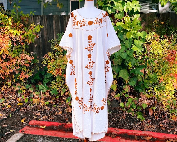 1970s Embroidered Floral Cotton Caftan