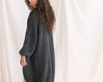 Long Dark Gray Mohair Cardigan, Chunky knit, Oversized Alpaca Wool Sweater, Fuzzy Boho Cardigan, Fluffy Grey Woman Jacket, Balloon Sleeves
