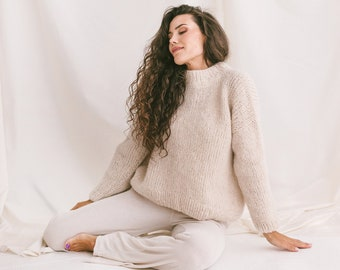 Soft Cable Knit Sweater, White Relaxed Fit Jumper, Creamy Alpaca Pullover, Chunky Knit Wool Sweater, Knitted Jumper, Oversized Woman Sweater