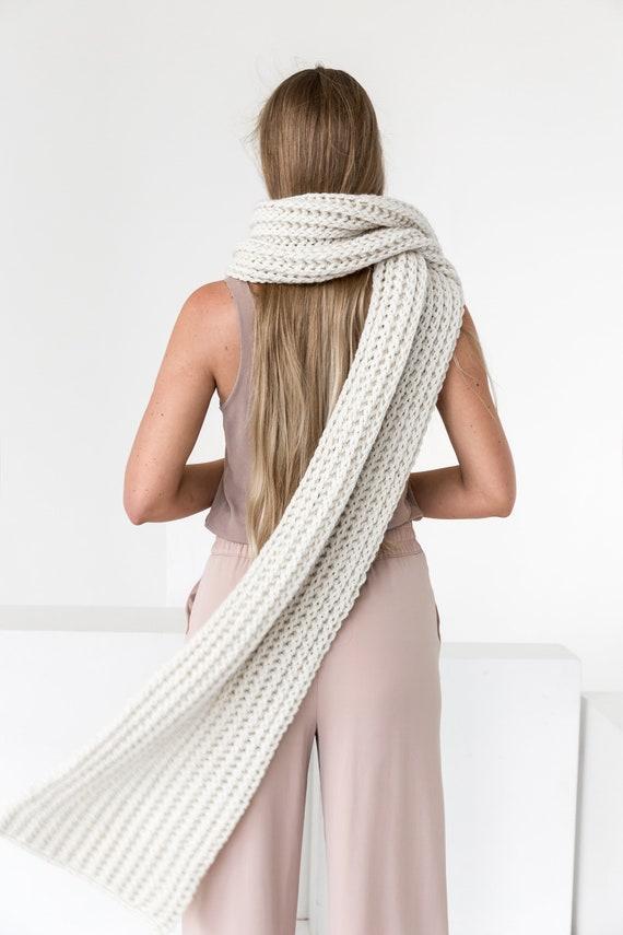 Alpaga écharpe écharpe en laine écharpe en tricot Echarpe   Etsy c9ccf7575b1