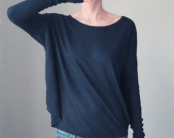 962e6110f8 Narrow Longsleeve Batwing Flowy Blouse Black Shirt Cosy Tshirt Oversize  Tshirt Offshoulder Tshirt Slouchy Wide Neck Oversize Slouchy Tee