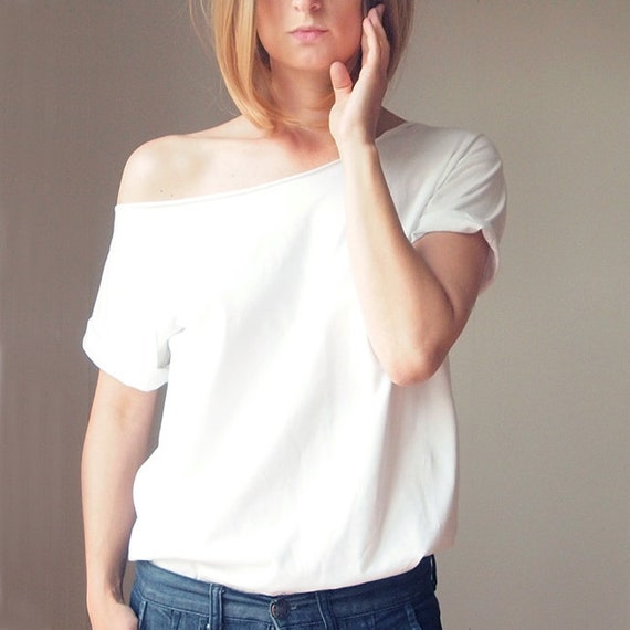 5e4423218626de White Oversize S-XXL Asymmetrical Tshirt T-shirt Sloping