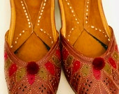Leather slippers shoes women Footwear -Hand Embroidery Leather Traditional Indian Bridal Ethnic ballerinas