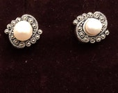 Silver Earrings- Pearl Stud Earrings -  Steriling Silver Earrings - Pearl Earrings