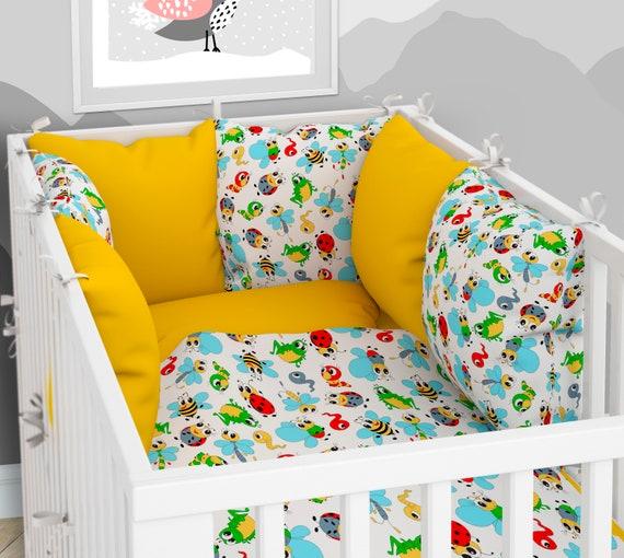 Babybett-W/äsche 100x135 cm mit Spannbettlaken und Kissen-Nestchen sechs Kissen samt Bez/ügen f/ür das Babybett 70x140 cm 3-teiliges Set