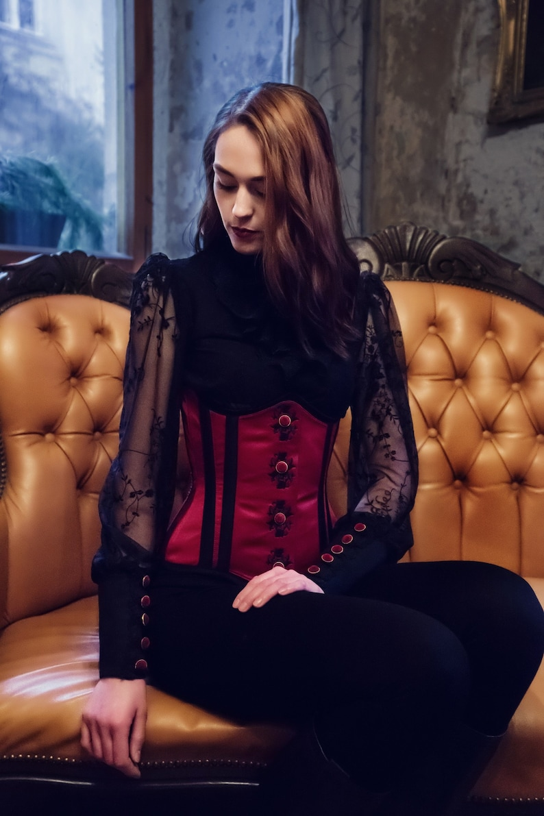 Victorian corset underbust embroidered with elegant button image 0