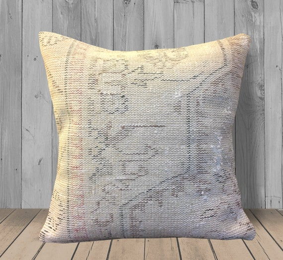 Enjoyable Rose Gold Beige Rug Pillow Covers 20X20 Turkish Kilim Pillows Large Floor Cushion Throw Pillows Neutral Home Decor Pillow Couch Pillow Caraccident5 Cool Chair Designs And Ideas Caraccident5Info