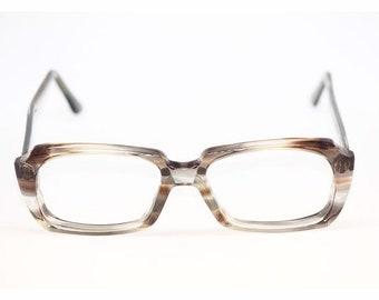 Women s Vintage 60s Eyewear Thick Plastic Glasses American Optical 52 17 135 315de5867
