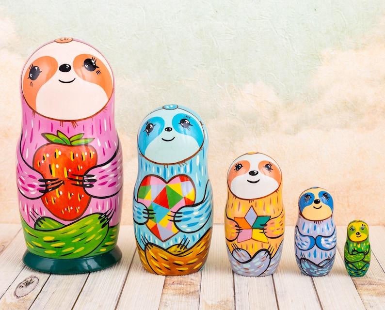 "Matryoshka animals Sloth nesting dolls for kids Animal nesting 5 pieces (18cm) 7"" inches"