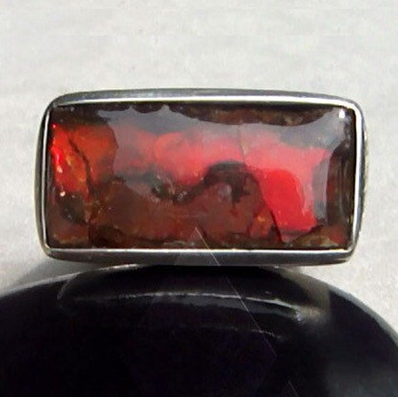 Men's Ring Blackfoot Canada Ammolite Fire Red Opalescent image 0
