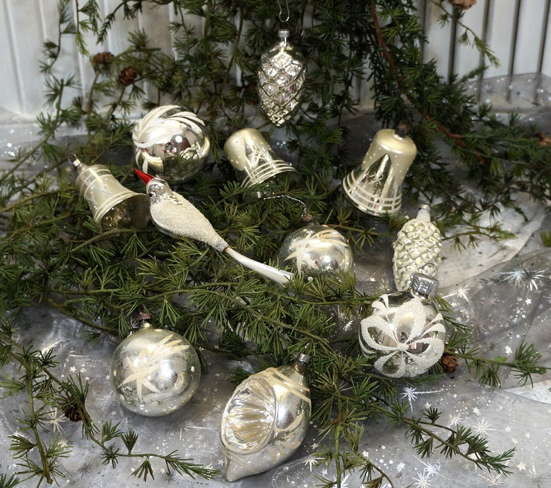 Old Christmas Decorations.Vintage Old Christmas Decorations Baubles Moldings Silver 12 Parts