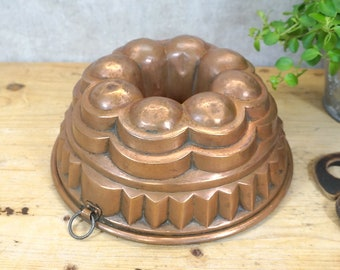 very nice cake pan, baking pan, Guglhupf shape - copper - 40s