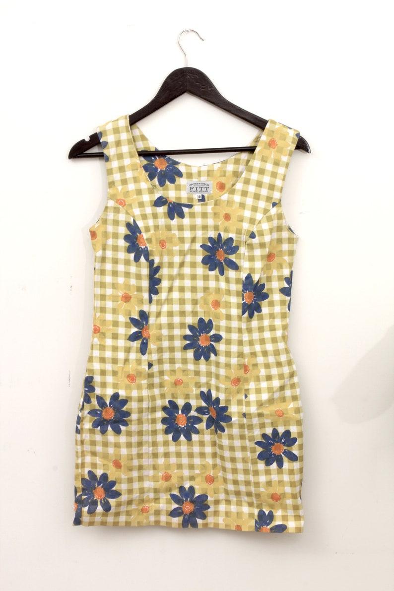 70s Yellow  Blue Blossoms Summer Dress Sheath Above Knee Cute Floral Dress M  38