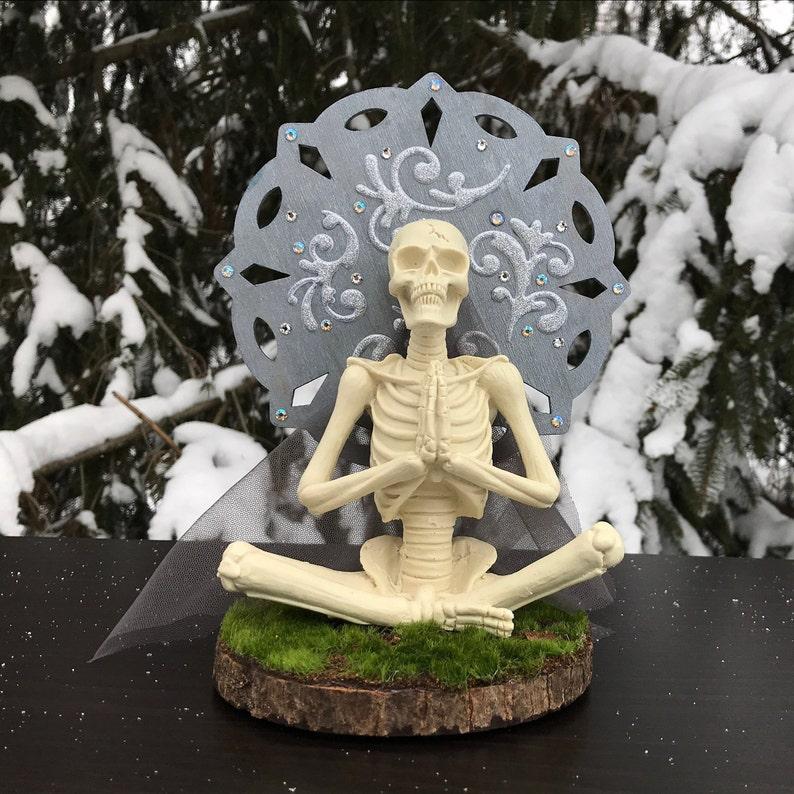 Skeleton Art  Meditation  Yoga  Skull  Resin Art  image 0